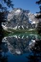 Spiegelungen am Pragser Wildsee