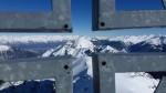 Gipfelkreuz mit Blick zur Serles