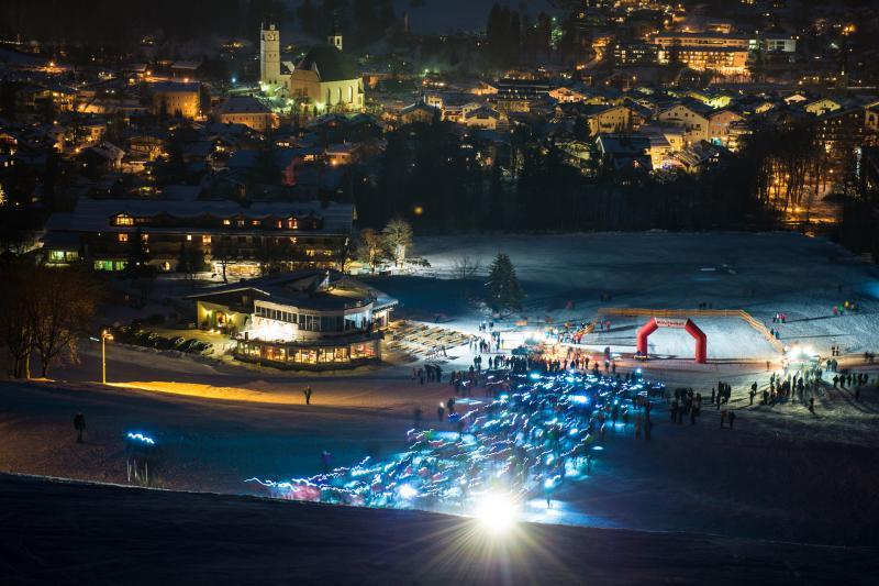 Vertical up in Kitzbühel - Foto:Veranstalter