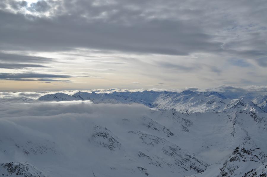 Impossante Wetterstimmung und tolle Lichteffekte auf dem Dach Tirols
