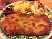 Schnitzel_an_der_Haagalm_Kelchsau