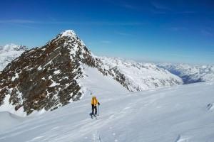 Am Plateau mit dem Mittleren Seelenkogel im Hintergrund