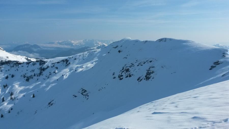 ... und die ersten Ausblicke Richtung Schwaigberghorn und die pulvrigen Nordhänge ...