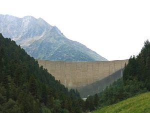 Schlegeis-Staumauer im Zillertal