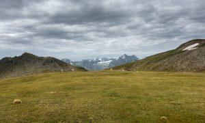 Freihut (Links) mit Lüsener Ferner im Hintergrund