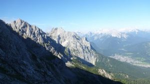 Blick zur Westlichen Karwendelspitze