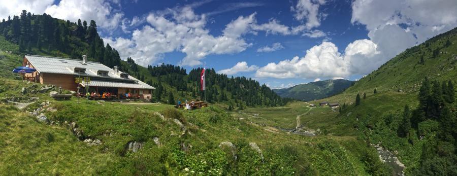 An der Neuen Bamberger Hütte in der Kelchsau