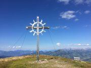 Gipfelkreuz am Lodron